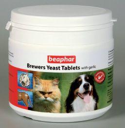 Витаминизированное лакомство Beaphar Brewers Yeast с пивными дрожжами и чесноком для собак и кошек 250 таб
