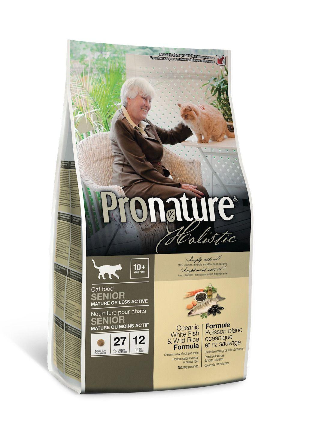 Сухой корм Pronature Holistic с белой рыбой для пожилых или малоактивных кошек