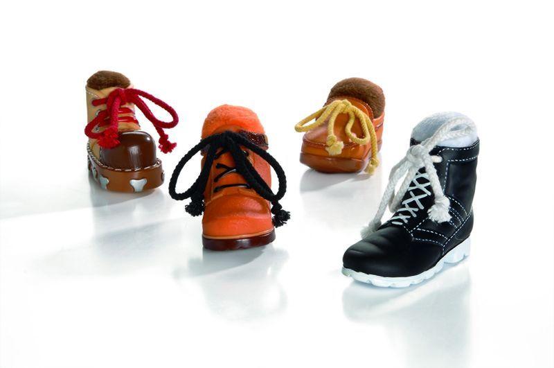 Игрушка I.P.T.S. Beeztees Ботинок для собак 13 см